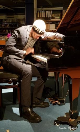 15.03.2019 - David Helbock Trio- Jazz in der Bücherei - David Helbock (piano)
