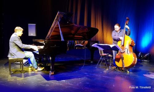 Konzert auf der Bühne des Stadttheaters Neümünster. - StarkLinnemann Quartet (NL)